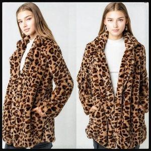 🎉HP🎉 Leopard Print Fur Teddy Coat, NWT
